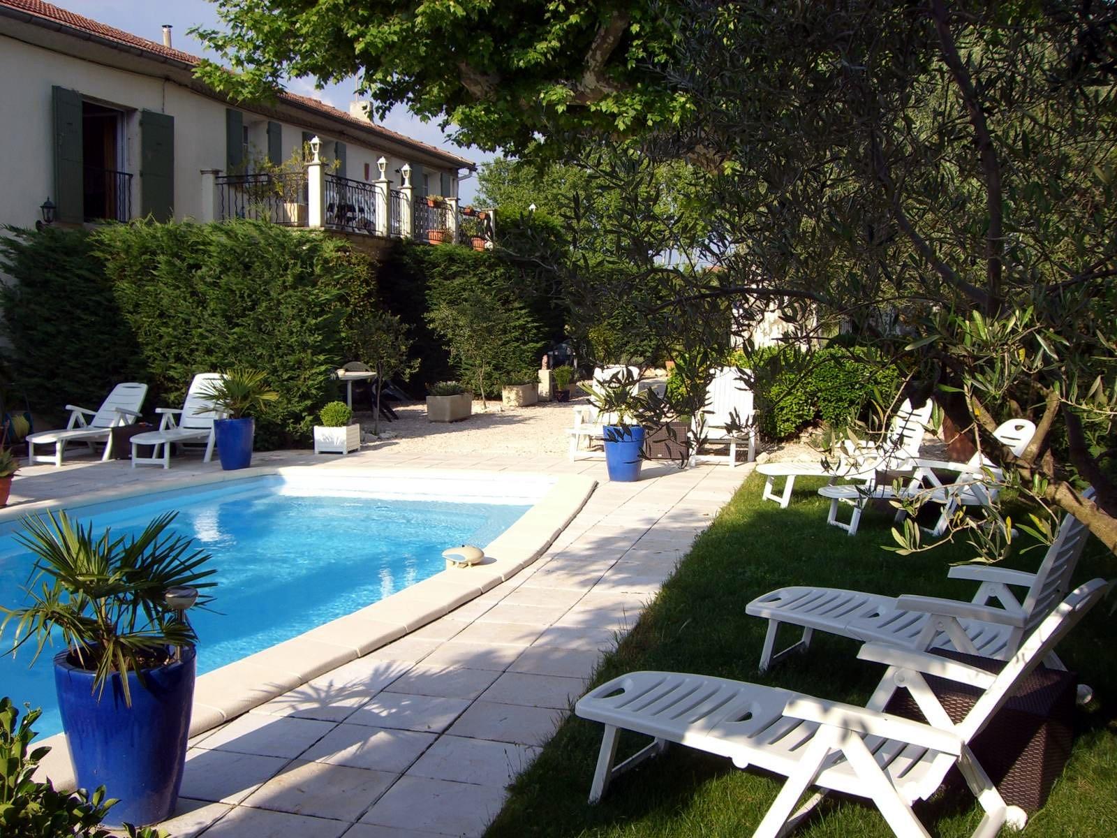 LES OLIVIERS - N° 280202-Espace-piscine