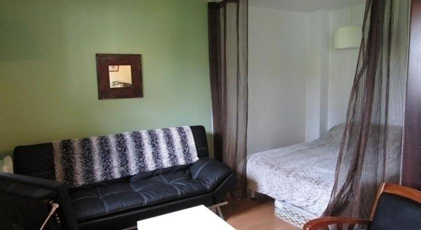 Rental Apartment Moleressenia 3 - Saint-Jean-De-Luz-Rental-Apartment-Moleressenia-3-Saint-Jean-De-Luz