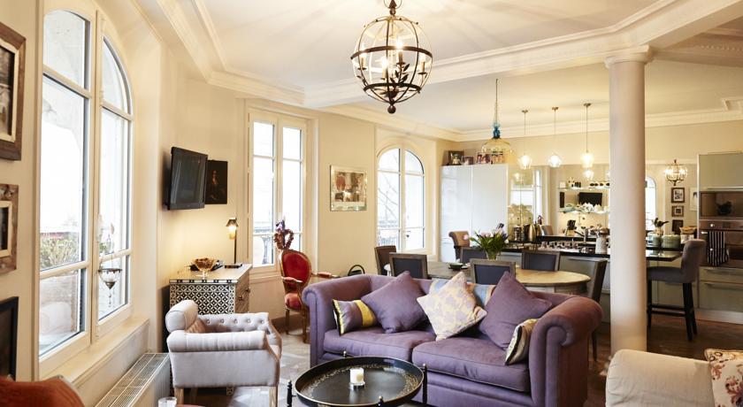 Apartment in Le Marais-Apartment-in-Le-Marais