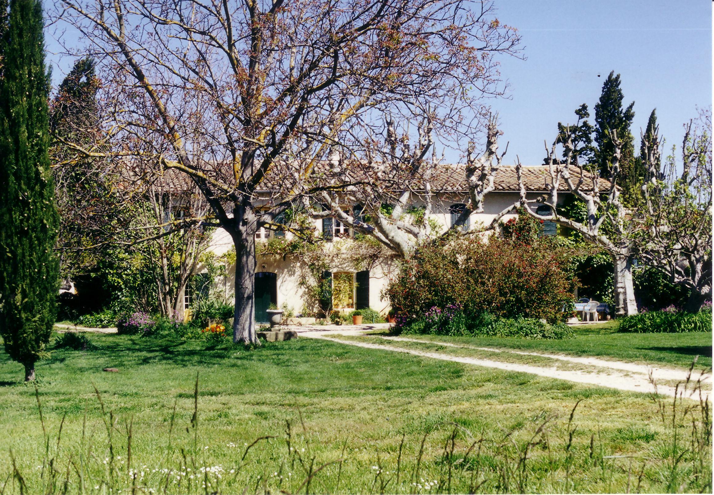LAURON   N 930847-Gite-Mas-du-Lauron-a-Lambesc