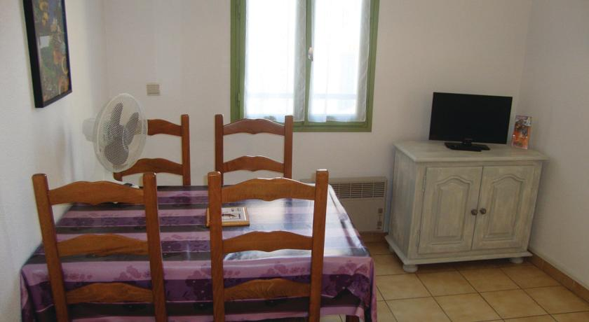 Holiday Apartment Baixas 02-Holiday-Apartment-Baixas-02