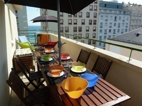 Rental Apartment Avec Une Belle Terrasse Avec Petite Vue Sur Mer-Rental-Apartment-Avec-Une-Belle-Terrasse-Avec-Petite-Vue-Sur-Mer
