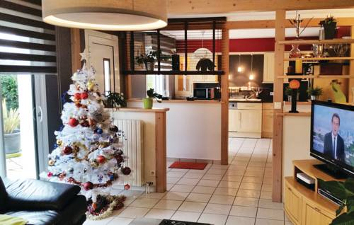 Holiday Home Plouay with Fireplace 10-Holiday-Home-Plouay-with-Fireplace-10