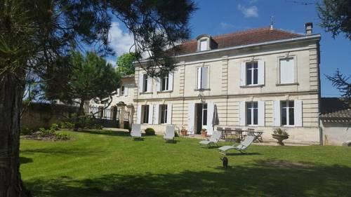 Chateau Magondeau-Chateau-Magondeau