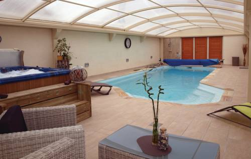 Holiday Home Frehel with Hot Tub I-Holiday-Home-Frehel-with-Hot-Tub-I
