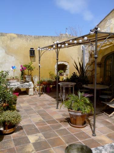 Le Patio Guest House-Le-Patio-Guest-House
