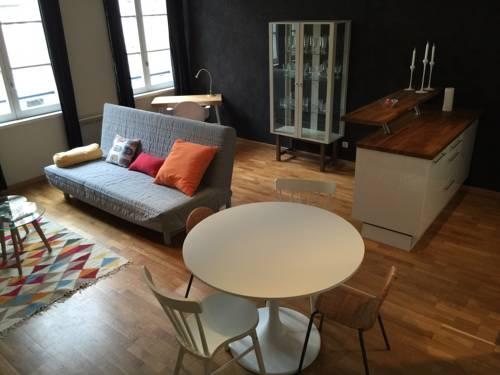 Bel appartement dans le Vieux-Lille-Bel-appartement-dans-le-Vieux-Lille
