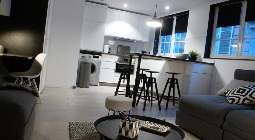 Les Appartements de la Pléiades-Les-Appartements-de-la-Pleiades