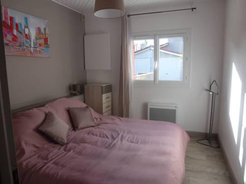 Appartement proche Centre et Arènes-Appartement-proche-Centre-et-Arenes