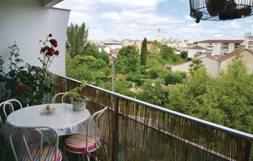 Studio Apartment in Perigueux-Studio-Apartment-in-Perigueux