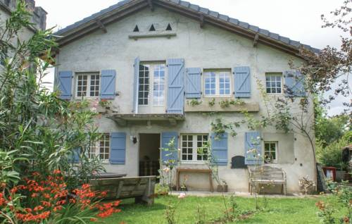 Two-Bedroom Holiday Home in Charrite de Bas-Two-Bedroom-Holiday-Home-in-Charrite-de-Bas