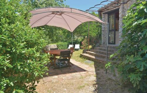 Two-Bedroom Holiday Home in Bouquet-Two-Bedroom-Holiday-Home-in-Bouquet