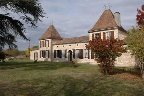 Villa Chateau Le Guit-Villa-Chateau-Le-Guit