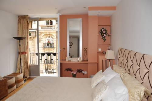 Champs Elysees Executive Apartment-Champs-Elysees-Executive-Apartment