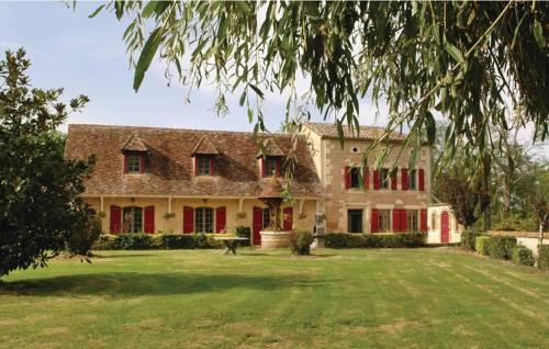 Four-Bedroom Holiday Home in Gardonne-Studio-Holiday-Home-in-Gardonne