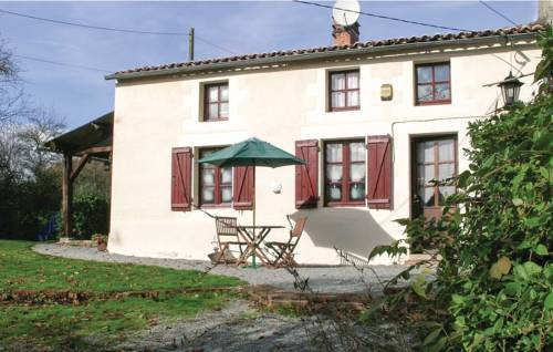 Studio Holiday Home in Saint-Sorin-la-Marche-Studio-Holiday-Home-in-Saint-Sorin-la-Marche