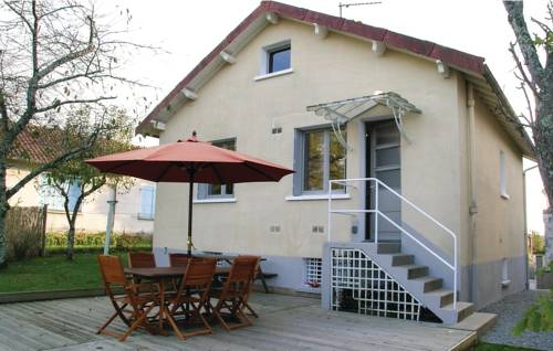 Studio Holiday Home in Saint-Sauveur-Studio-Holiday-Home-in-Saint-Sauveur