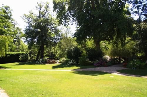 Les Jardins D'Ungaro-Les-Jardins-D-Ungaro