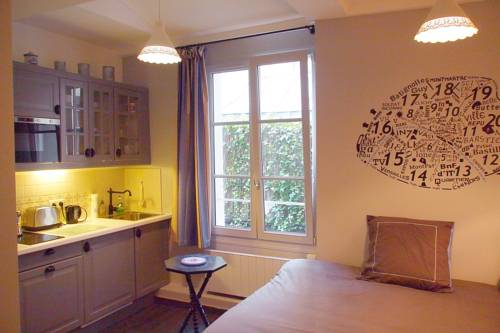 Petit Paris - Oasis in Marais-Petit-Paris-Oasis-in-Marais