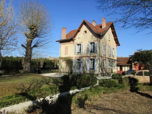 Villa Maziere de St Loup-Villa-Maziere-de-St-Loup