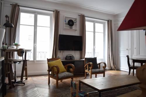 Typical Parisian Apartment Avenue de Wagram-Typical-Parisian-Apartment-Avenue-de-Wagram