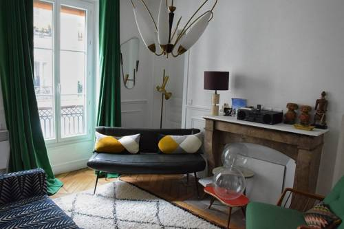 Two Bedrooms Apartment Boulevard Beaumarchais-Two-Bedrooms-Apartment-Boulevard-Beaumarchais