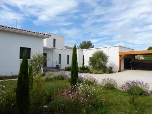 Villa De La Colline Du Vias-Villa-De-La-Colline-Du-Vias