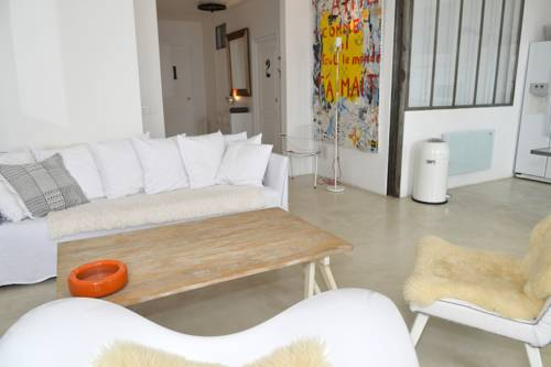 3 Bedroom Apartment Cannes Center-3-Bedroom-Apartment-Cannes-Center
