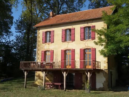 La Maison Aux Volets Rouge-La-Maison-Aux-Volets-Rouge