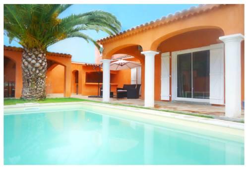 La Maison Arancia dans le Golfe de Saint Tropez-La-Maison-Arancia-dans-le-Golfe-de-Saint-Tropez