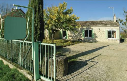 Five-Bedroom Holiday Home in St Meard de Gurcon-Five-Bedroom-Holiday-Home-in-St-Meard-de-Gurcon