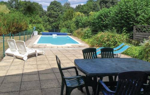 Four-Bedroom Holiday Home in Puihardy-Four-Bedroom-Holiday-Home-in-Puihardy