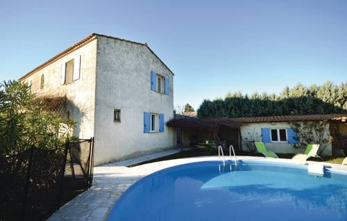 Four-Bedroom Holiday Home in Camaret sur Aigues-Four-Bedroom-Holiday-Home-in-Camaret-sur-Aigues