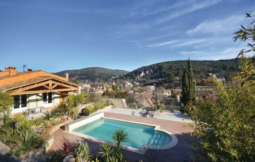 Three-Bedroom Holiday Home in Sollies Taoucas-Three-Bedroom-Holiday-Home-in-Sollies-Taoucas