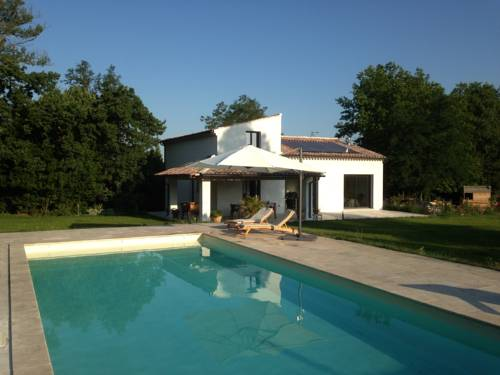 Holiday home Chemin des Pouchons-Holiday-home-Chemin-des-Pouchons