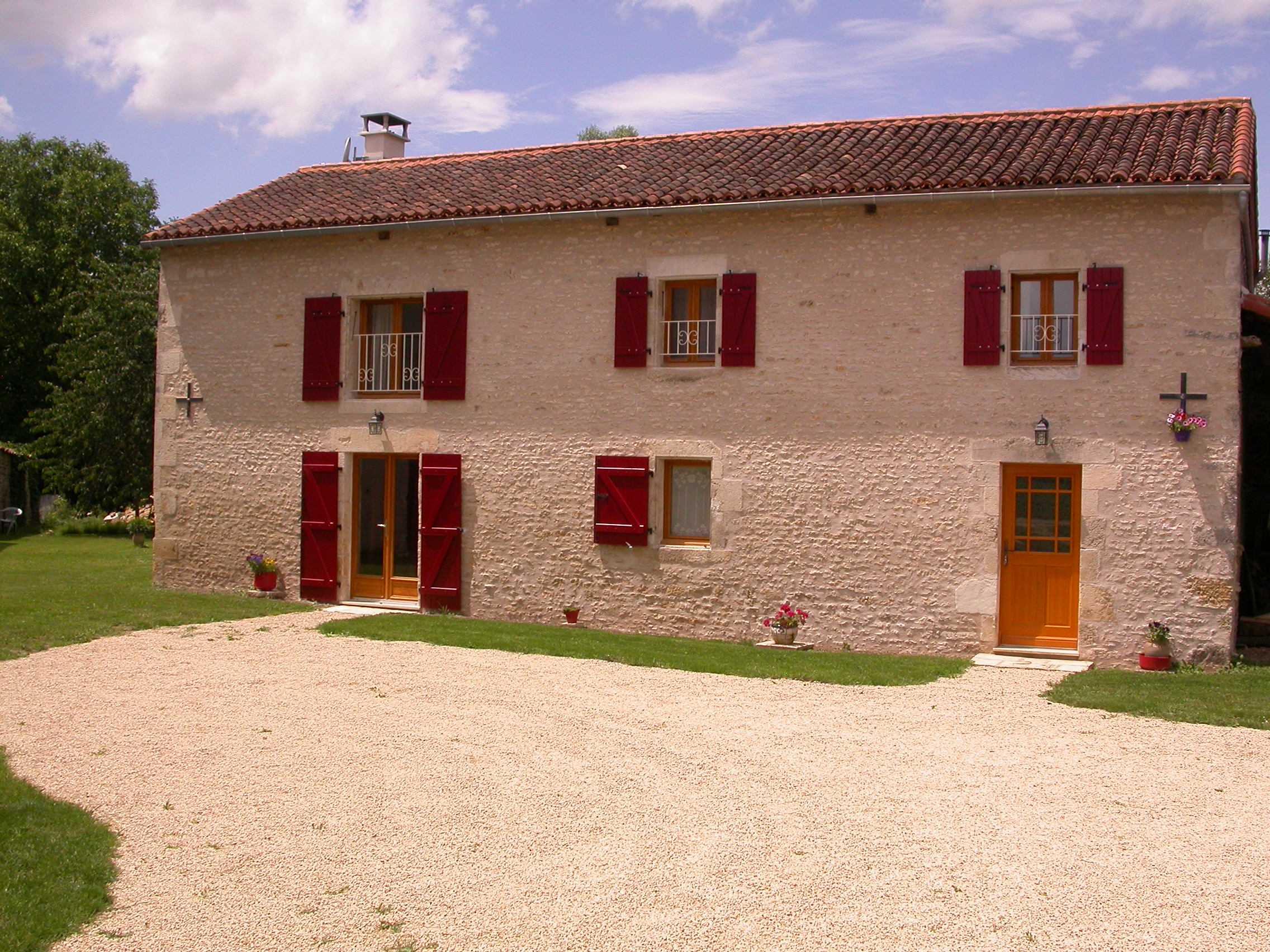 Gite l'écurie du moulin neuf-Gite-l-ecurie-du-moulin-neuf-a-Usson-du-Poitou