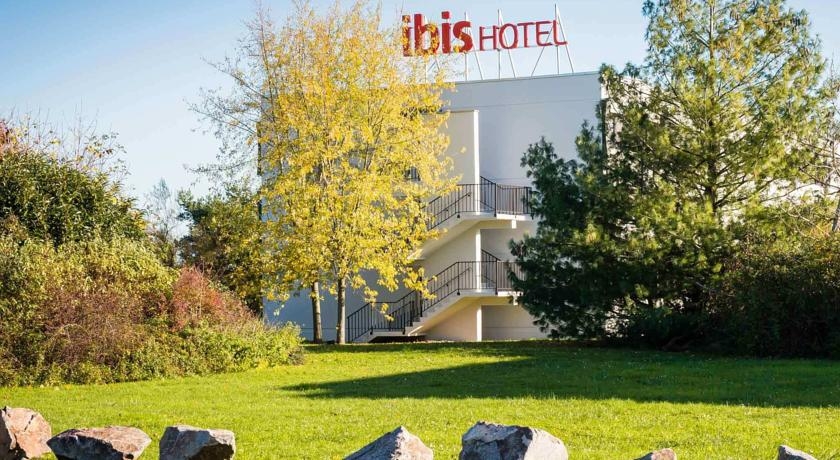Hotel ibis mulhouse ile napol on sausheim 68 avis plan for Piscine ile napoleon