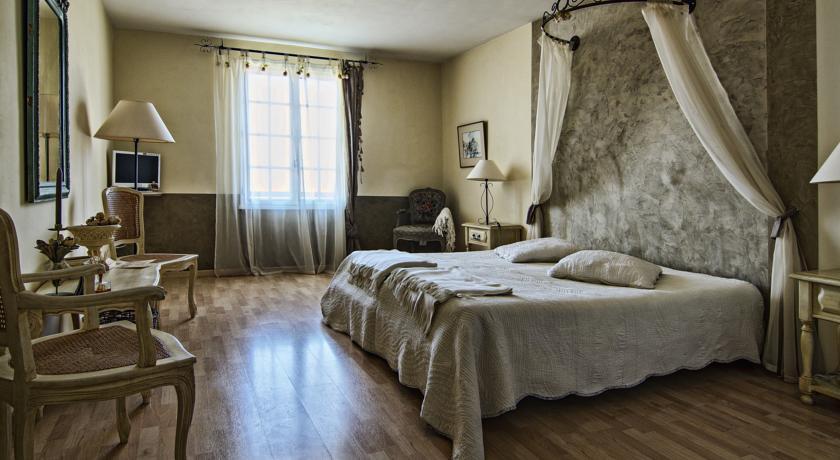 Hotel Le Mas Du Pont Roman-Le-Mas-Du-Pont-Roman