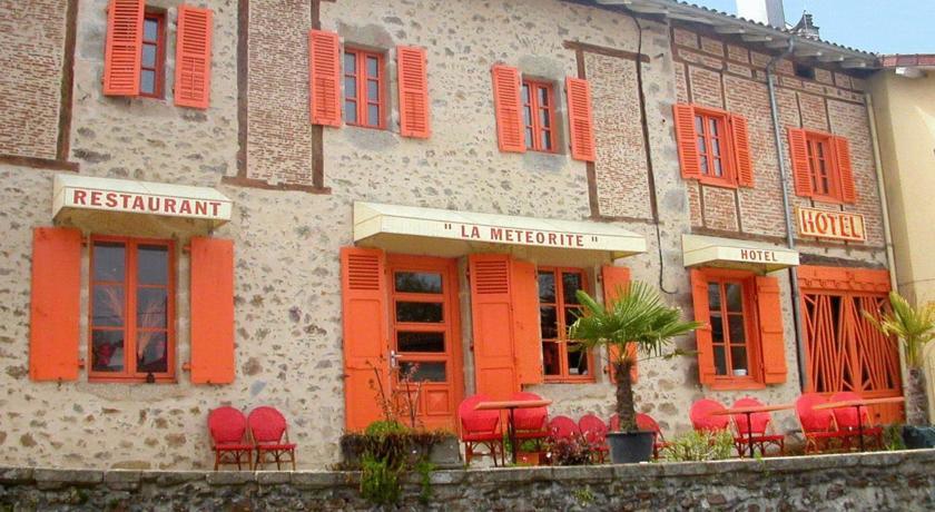 Hôtel-Restaurant La Météorite-Hotel-Restaurant-La-Meteorite