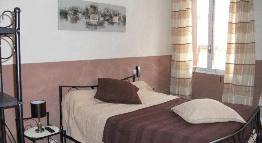 Hotel François 1er-Hotel-Francois-1Er
