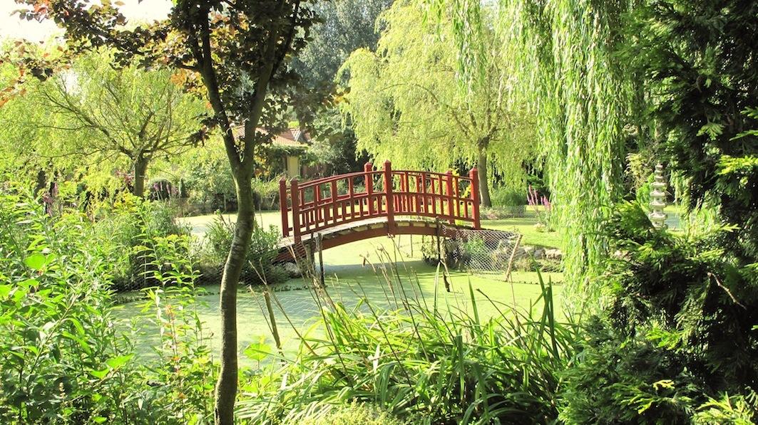 Chisen Kaiyushiki Teien-le-pont-principal