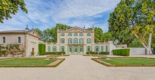 Serres Chateau Sleeps 29 Pool Air Con WiFi-Serres-Chateau-Sleeps-29-Pool-Air-Con-WiFi