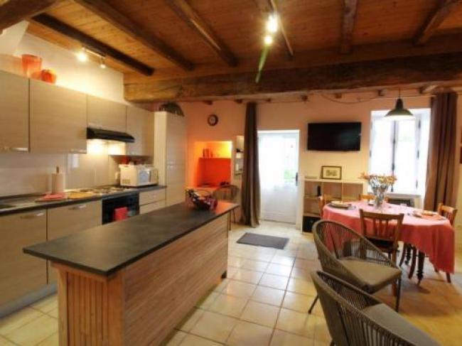 House Gîte de monfollet-House-Gite-de-monfollet