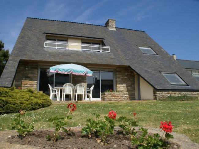 Comfortable, detached holiday home with garden 100 m from beach!-Comfortable-detached-holiday-home-with-garden-100-m-from-beach