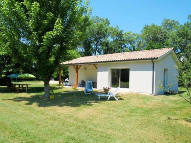 Holiday Home La Casita - CEM110-Ferienhaus-Civrac-en-Medoc-110S