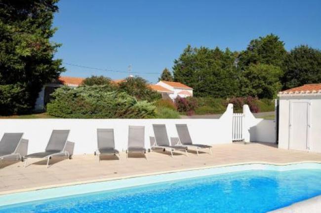 Maisons de vacances idéales avec piscine dans un environnement calme et reposant-Maisons-de-vacances-ideales-avec-piscine-dans-un-environnement-calme-et-reposant