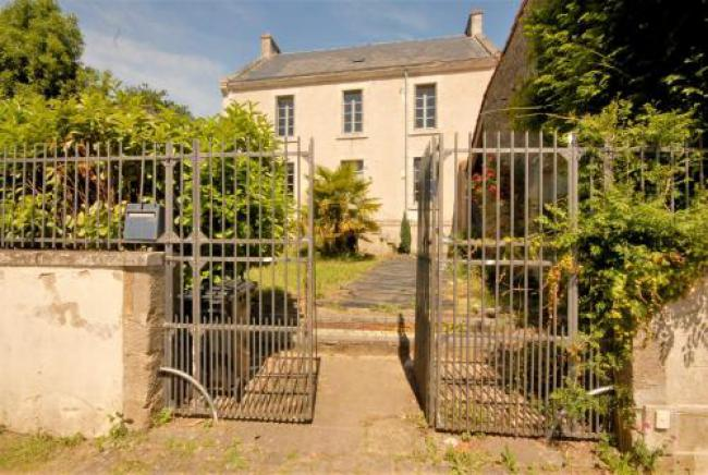 Stylish French town house in L'Hermenault-Stylish-French-town-house-in-L-Hermenault