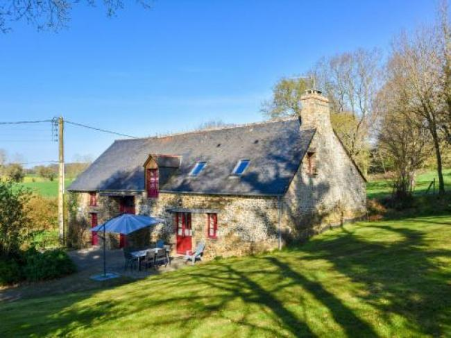 Lovely Child-friendly Holiday Home in La Boussac-L-Eguillere