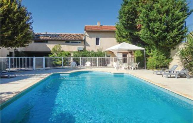 Six-Bedroom Holiday Home in Montagnac-Six-Bedroom-Holiday-Home-in-Montagnac