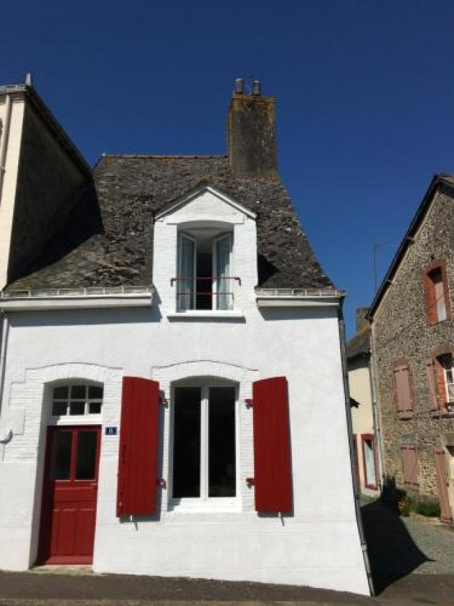 Charming Cottage in a typical French Village-Charming-Cottage-in-a-typical-French-Village